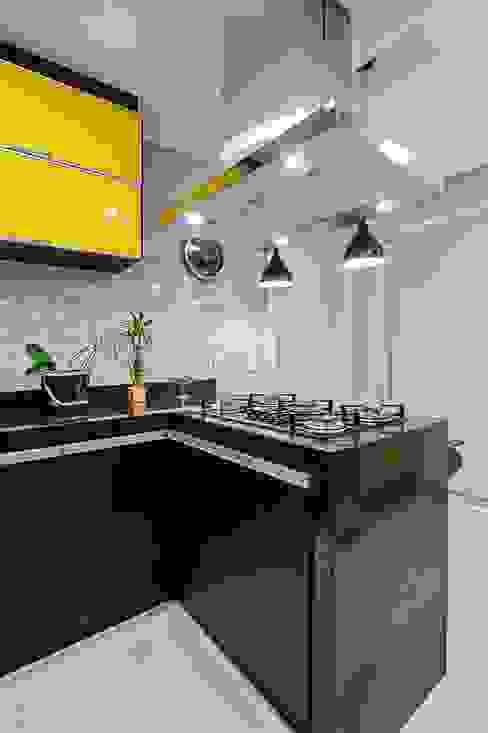 Cocinas modernas de Patrícia Azoni Arquitetura + Arte & Design Moderno