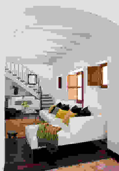 Casa en Ibiza Salones de estilo rural de recdi8 Rural