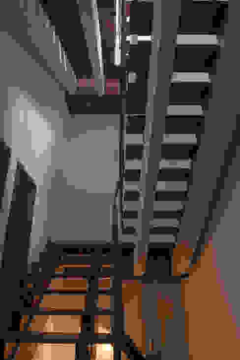 Teak Staircase Design Plus Modern corridor, hallway & stairs