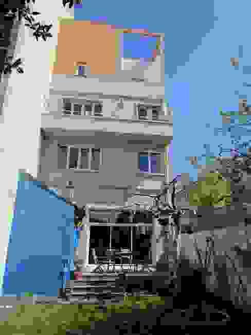 façade sur jardin Maisons modernes par Paula Bianco Moderne