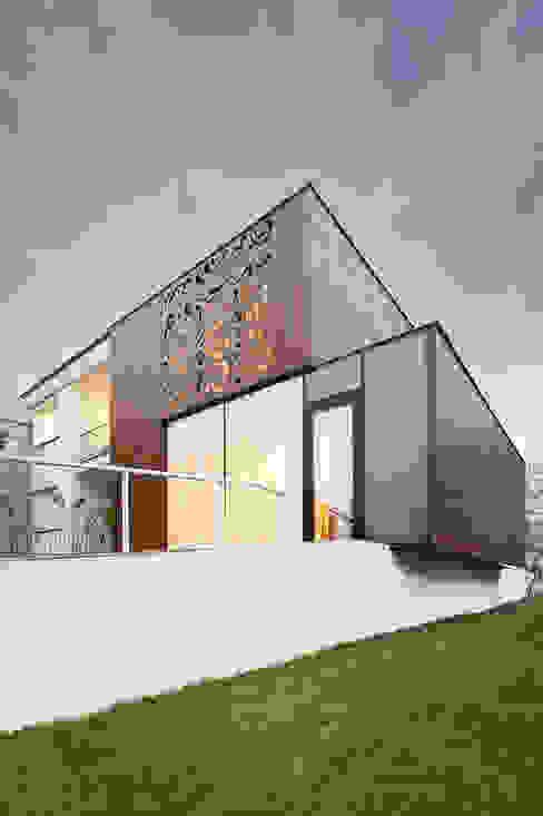 Casas modernas de PL+sp. z o.o. Moderno