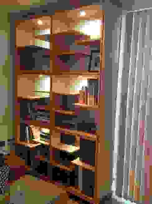 bookshelf woodstylelondon Living roomShelves