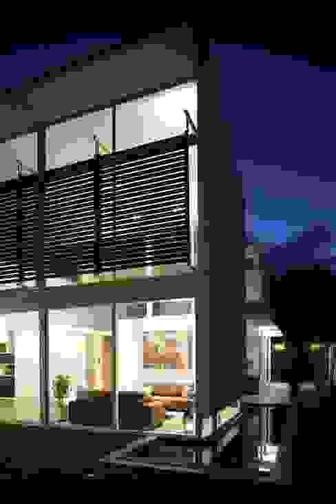 Rumah Minimalis Oleh Echauri Morales Arquitectos Minimalis