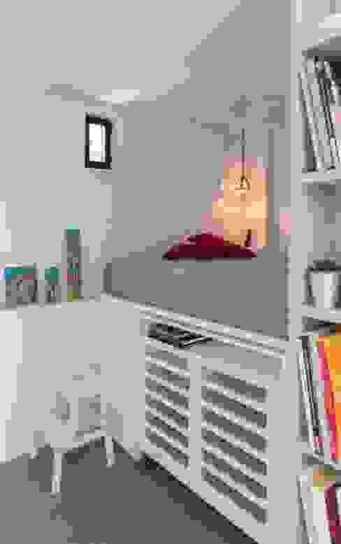 ATTICO IN CITTA' Camera da letto in stile industriale di architetto Lorella Casola Industrial