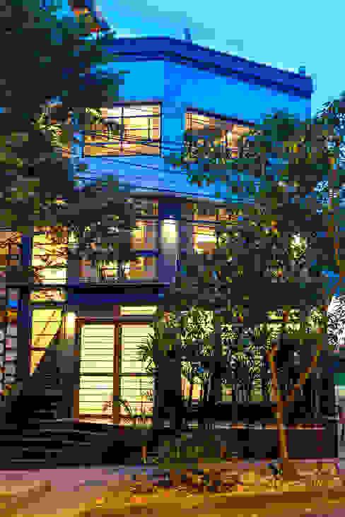 exterior 1: Hoteles de estilo  por PLANTA BAJA ESTUDIO DE ARQUITECTURA,