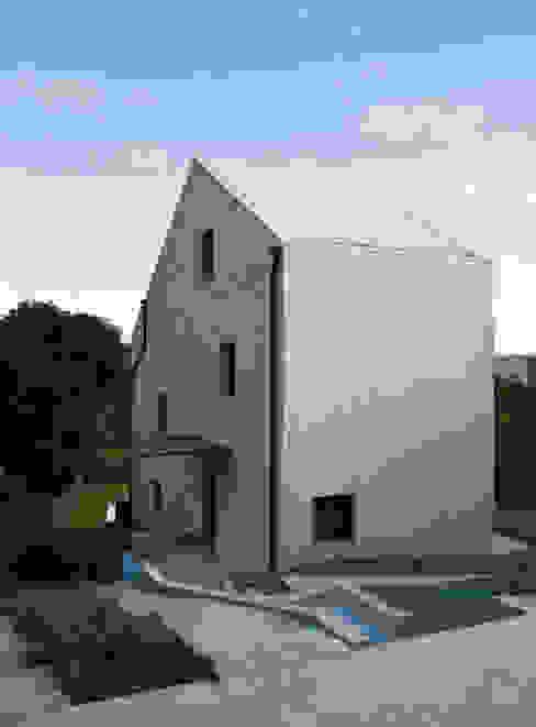 Casa Cuarto y Mitad Casas de estilo moderno de soma [arquitectura imasd] Moderno