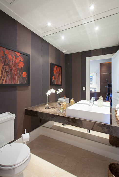 Officina44 Classic style bathroom