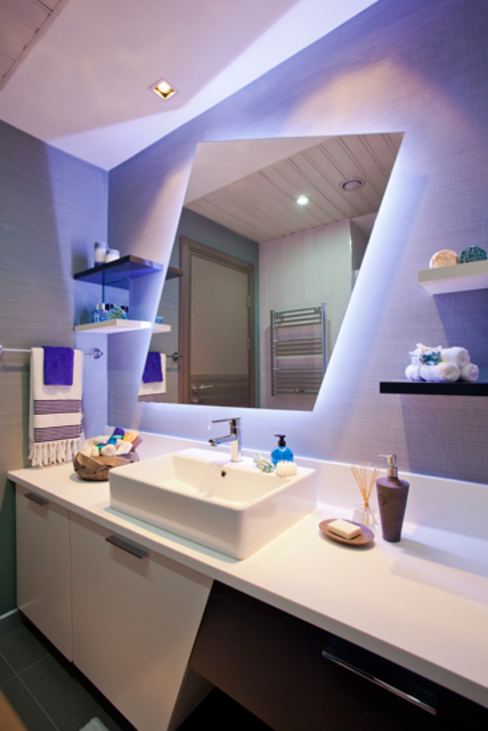 CCT INVESTMENTS Modern style bathrooms