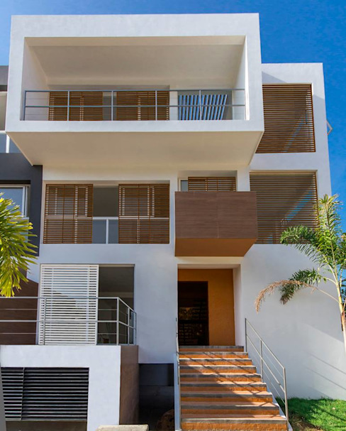 Дома в классическом стиле от NMD NOMADAS Классический