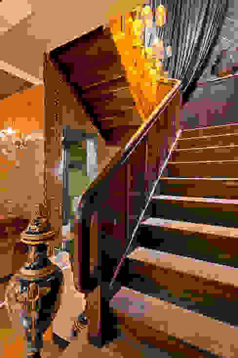 Estúdio Pantarolli Miranda - Arquitetura, Design e Arte Classic style living room