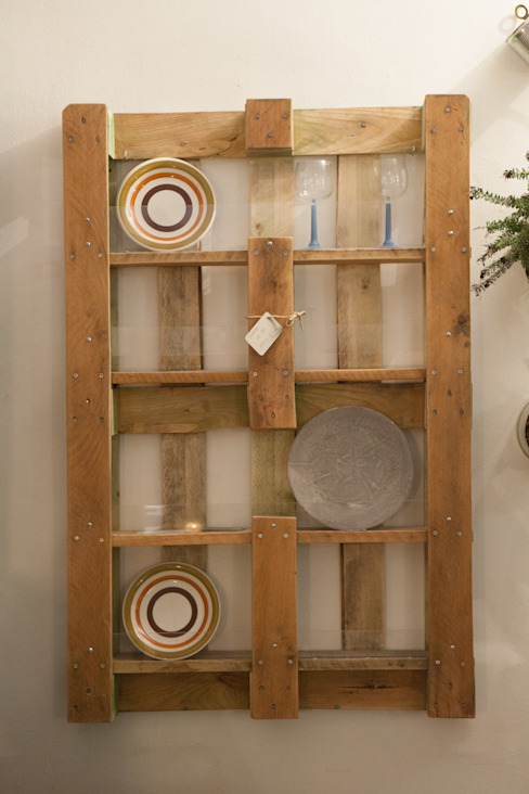 the FUNNY platerack:  in stile industriale di simona ricci creative interiors, Industrial