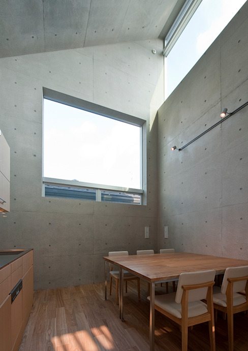 MKR モダンデザインの ダイニング の 一級建築士事務所アトリエソルト株式会社 モダン