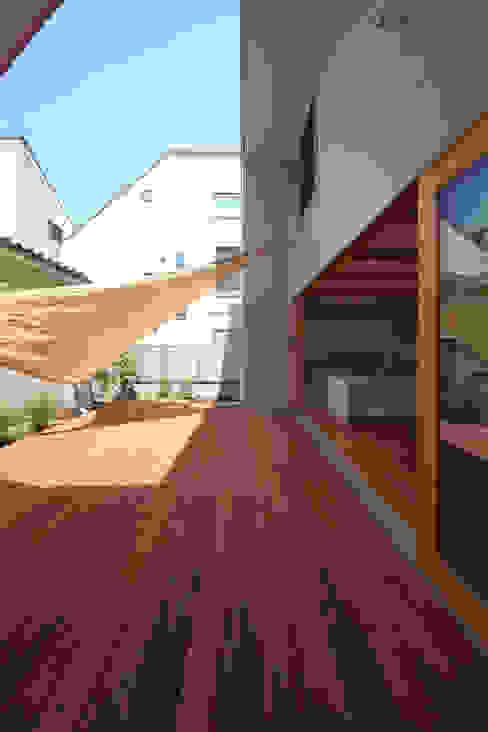 SKR モダンデザインの テラス の 一級建築士事務所アトリエソルト株式会社 モダン