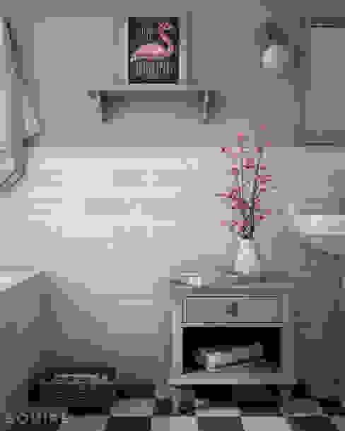 Cosmos Pink, Green / deco Cosmos Indalo Pink Baños de estilo tropical de homify Tropical