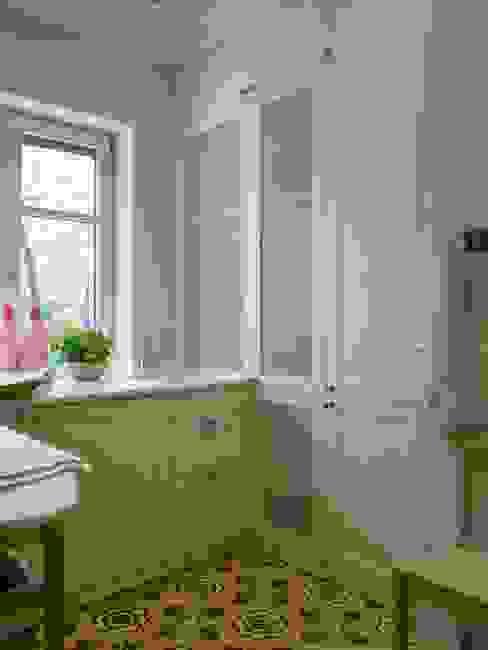 Lavadero y planchador Cocinas de estilo clásico de DEULONDER arquitectura domestica Clásico