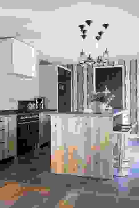 Interieurontwerp Villa:  Keuken door SMEELE Ontwerpt & Realiseert,