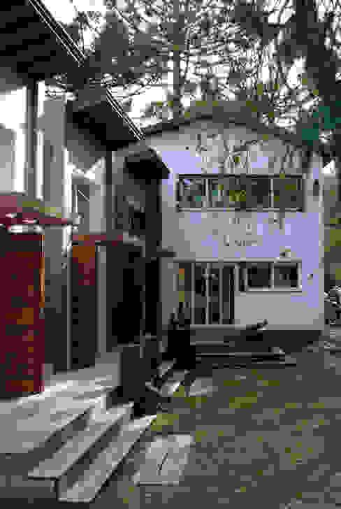 Residência RLC Casas modernas por Squadra Arquitetura Moderno Derivados de madeira Transparente