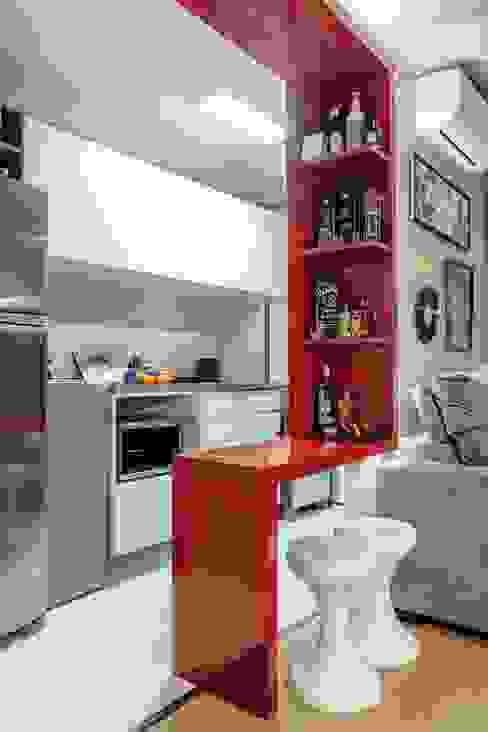 APTO OS - CAMAQUÃ / PORTO ALEGRE Cozinhas modernas por Ambientta Arquitetura Moderno