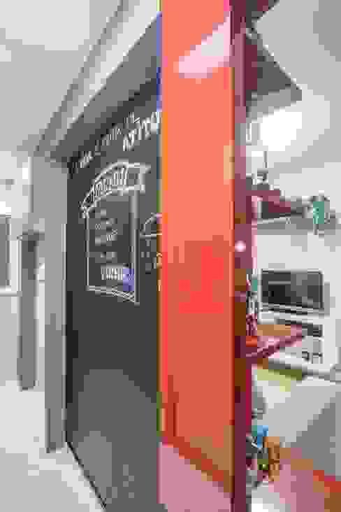 APTO OS - CAMAQUÃ / PORTO ALEGRE: Cozinhas  por Ambientta Arquitetura