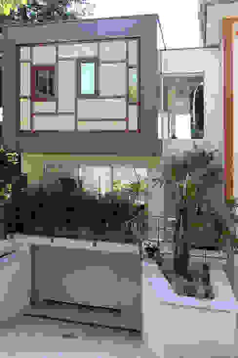 Moderne huizen van Olivier Stadler Architecte Modern