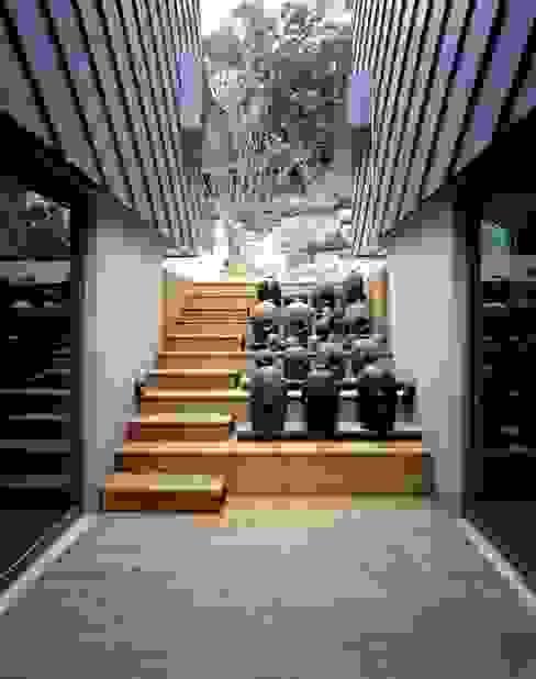 세자매 하우스 : 예공건축 의  베란다,모던