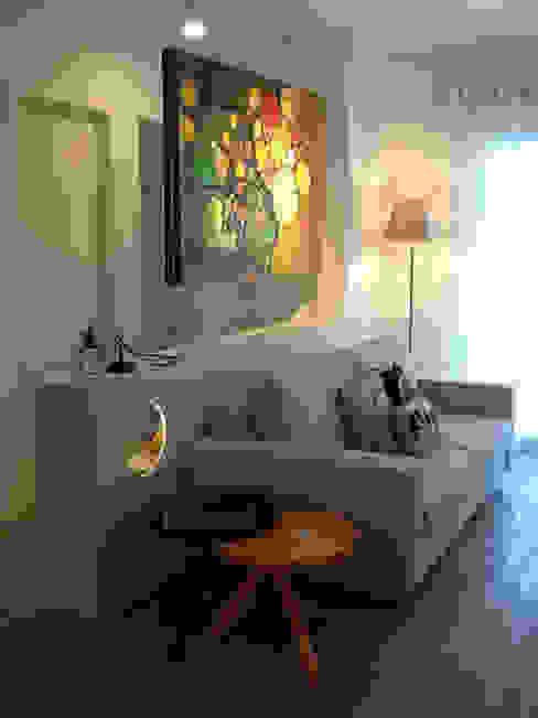 karen viegas arquitetura e gerenciamento Modern Living Room