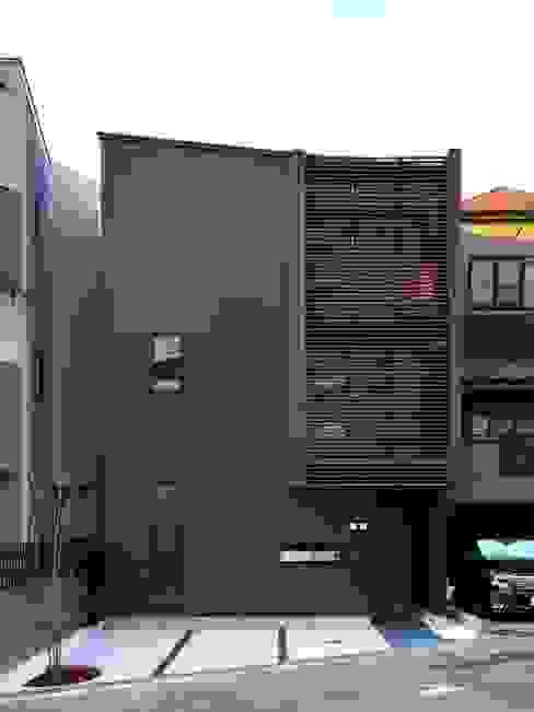 外観(正面) モダンな 家 の 6th studio / 一級建築士事務所 スタジオロク モダン