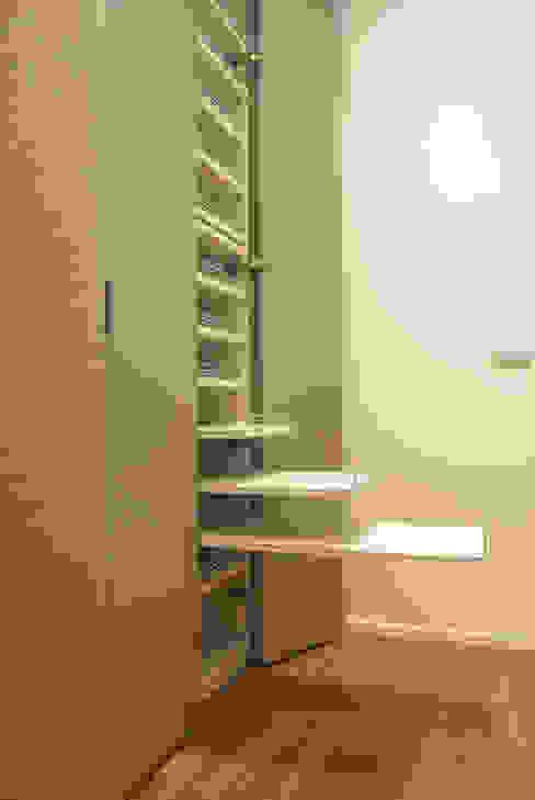 Loft - Arredo su misura di un quadrilocale di Lilea Design Moderno