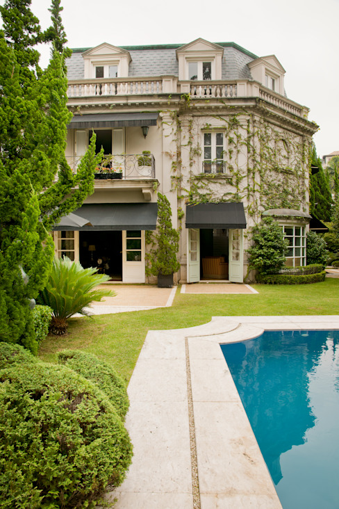 Allan Malouf Arquitetura e Interiores Classic style houses