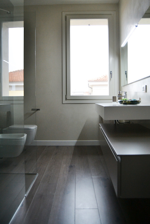 Modern bathroom by LTAB/LAB STUDIO Modern