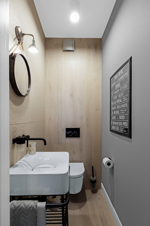 Eclectic style bathrooms by Ayuko Studio Eclectic Wood Wood effect