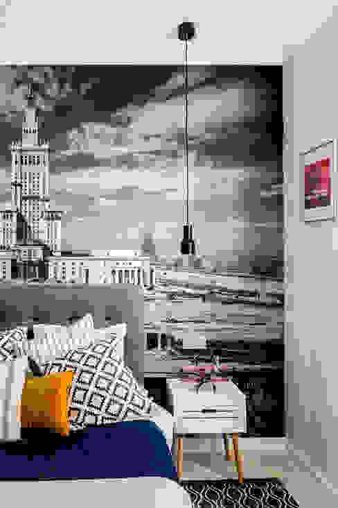 Chambre moderne par Ayuko Studio Moderne