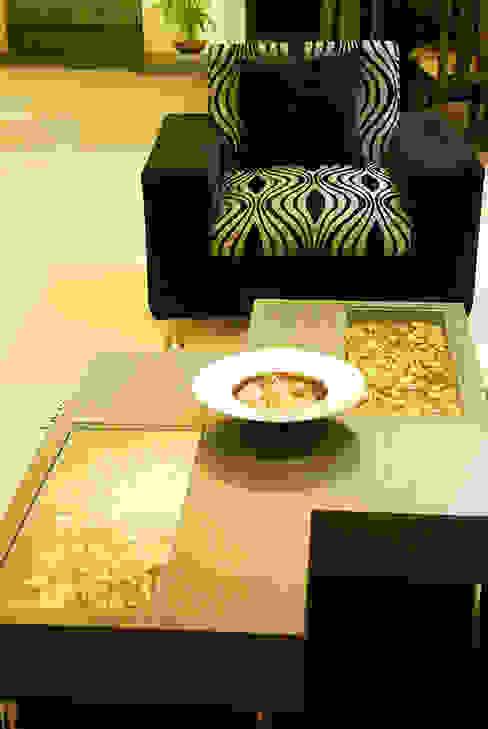 Subtle Harmony Modern living room by Sneha Samtani I Interior Design. Modern