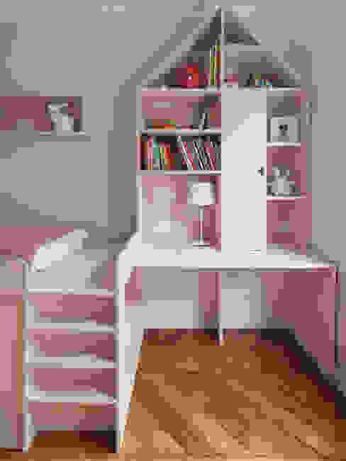 Vicky - Appartement familial de 80 m2 aux Batignolles par Batiik Studio Moderne