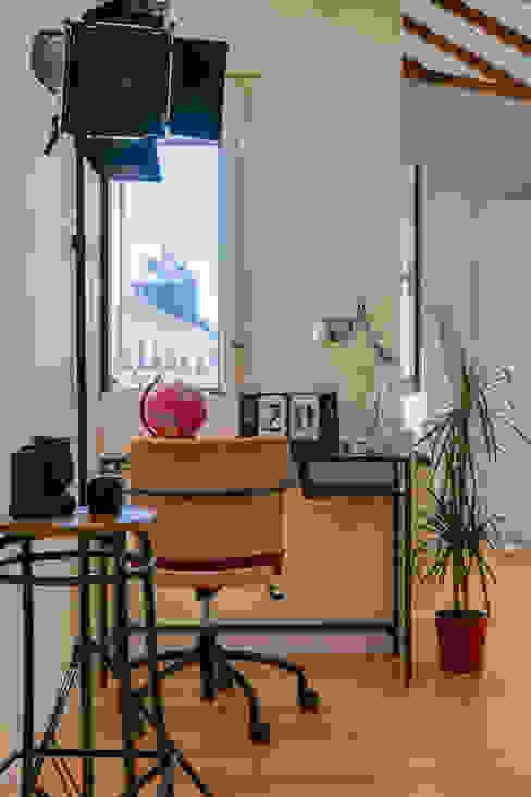 Asun Tello Estudios y despachos de estilo moderno de Asun Tello Moderno