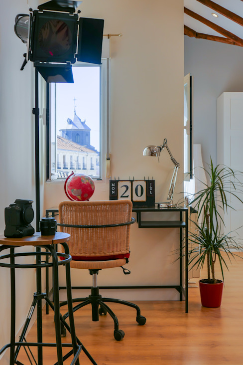 Bureau moderne par Asun Tello Moderne