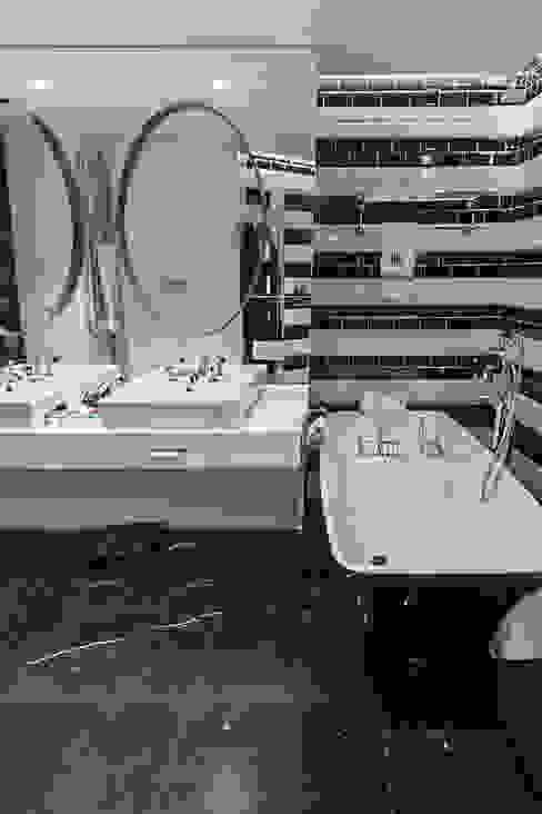 Piso Incomparable Baños de estilo moderno de Belén Sueiro Moderno