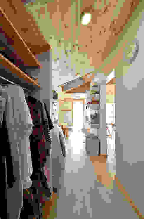 多くの機能を詰め込む 木の家株式会社 オリジナルデザインの 多目的室