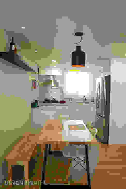 32평 초원대림아파트 리모델링 모던스타일 다이닝 룸 by 디자인브리드 모던