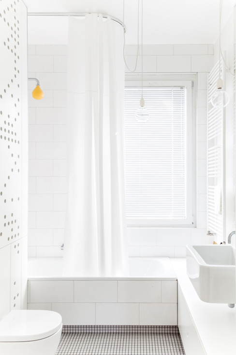 Ayuko Studio Minimalist bathroom Ceramic White