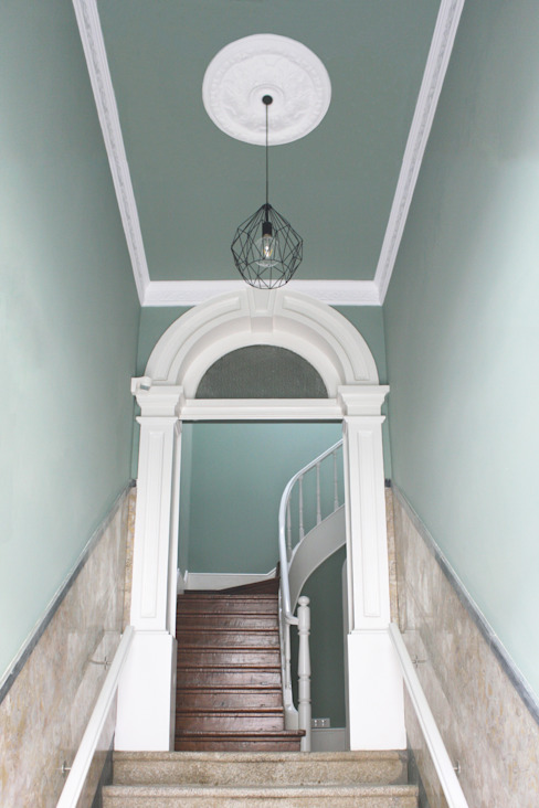 Casa de Godinho Corredores, halls e escadas clássicos por GRAU.ZERO Arquitectura Clássico
