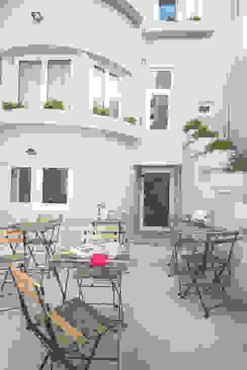 Casa de Godinho Casas clássicas por GRAU.ZERO Arquitectura Clássico