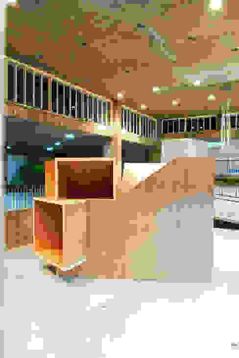 Rumah oleh Tragaluz Estudio de Arquitectura