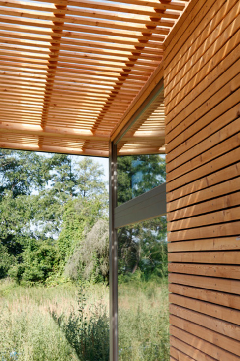 Scandinavian style houses by SOMMERHAUS PIU - YES WE WOOD Scandinavian Wood Wood effect