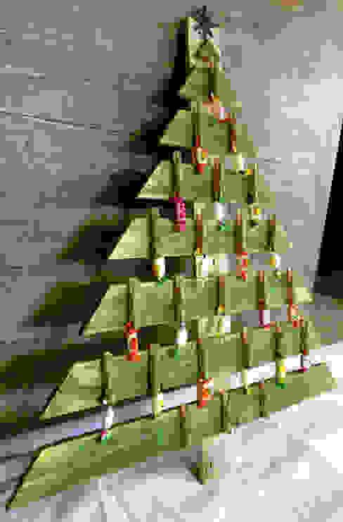 Sapin décoratif & calendrier de l'Avent perpétuel en palette par 2nd Chance Créations Industriel Bois Effet bois