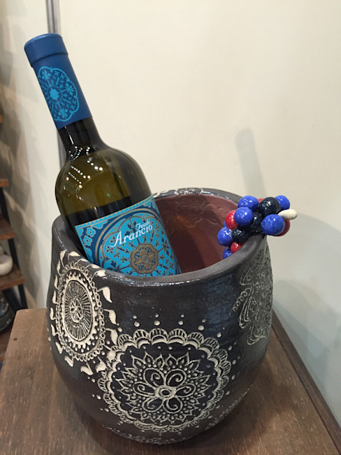Wine server: Pottery-言(gon)が手掛けたアジア人です。,和風 陶器