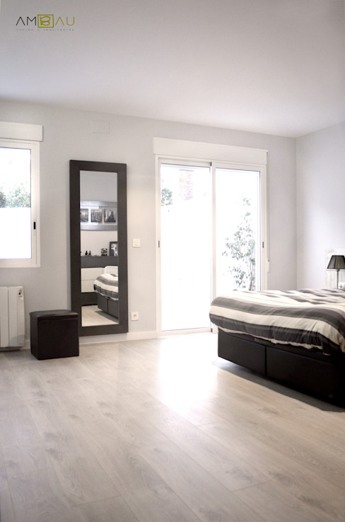 UNIFAMILIAR EN VALENCIA Dormitorios de estilo moderno de amBau Gestion y Proyectos Moderno