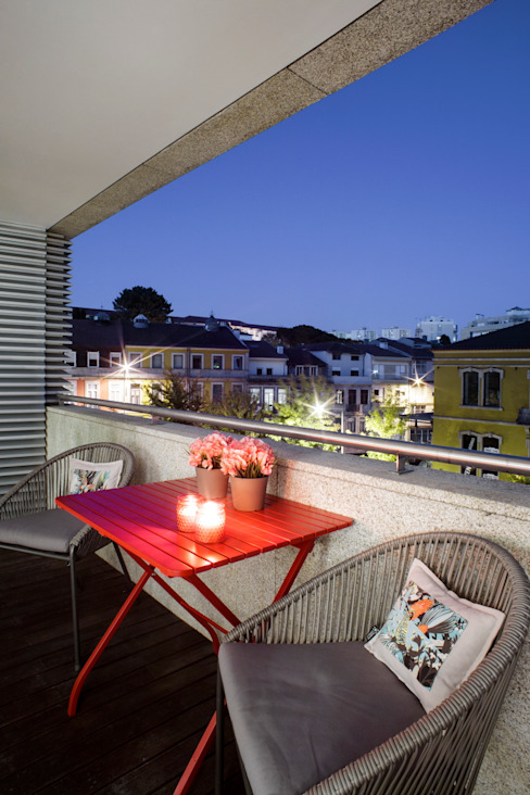 Balcones y terrazas modernos de Susana Camelo Moderno Cobre/Bronce/Latón