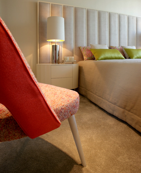 Residence Flat |  Boavista Palace | 2015: Quartos  por Susana Camelo,Moderno
