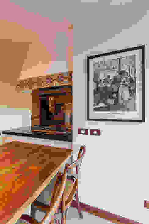 Comedores de estilo  de VNK Arquitetura e Interiores